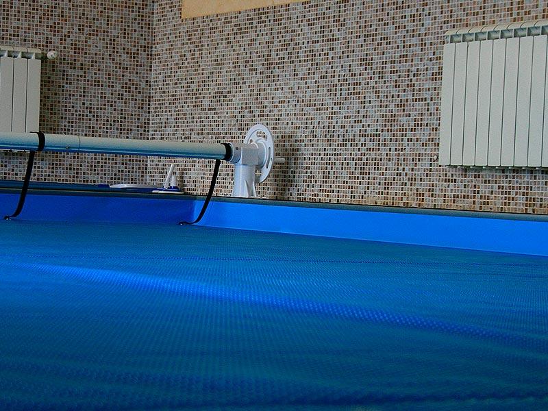 Пузырчатое покрывало для бассейна